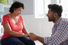 Как мать превращает сына в «психологического мужа». К прочтению!